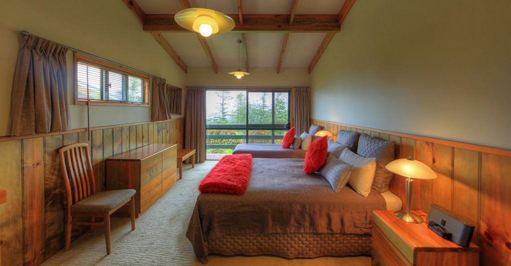 Two Bedroom Luxury Cottage Endeavour Lodge