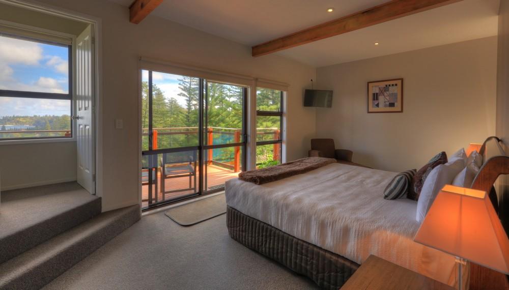 RE3 Bedroom3